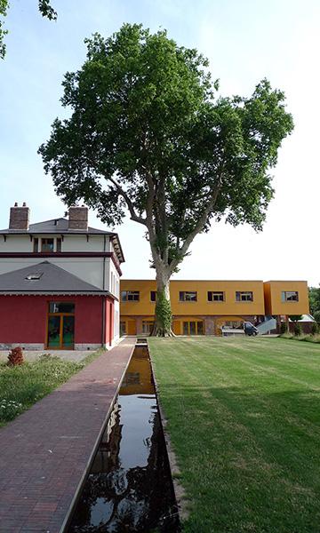 Villa Calderon –Parc urbain avec 6 logements et 1 atelier d'artistes à LOUVIERS